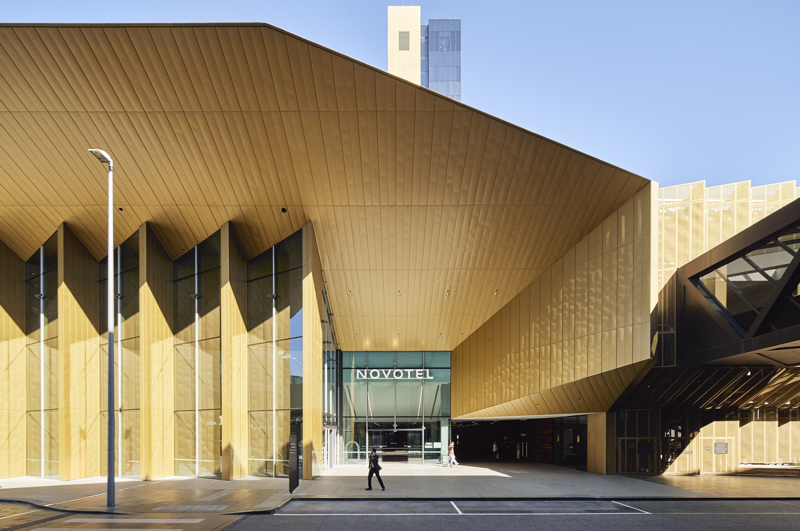 MCEC by Peter Bennetts